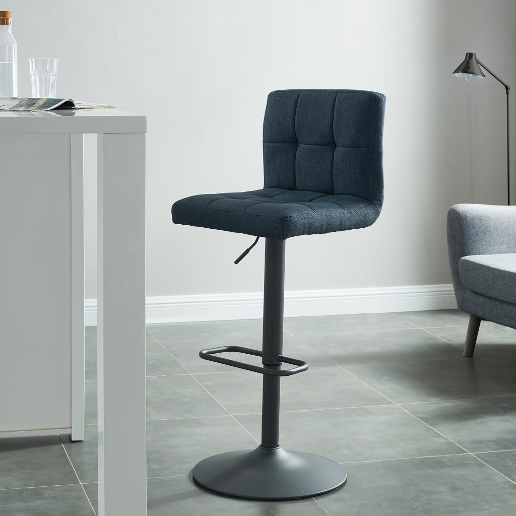 Fusion Black Air Lift Stool